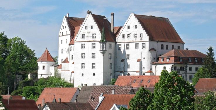Abb. 6 Das 1485 bis 1496 von Graf Andreas von Sonnenberg errichtete spätgotische Schloss Scheer (Vorlage: Kreisarchiv Sigmaringen)