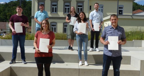 Der Landkreis Sigmaringen gratuliert seinen Absolventen zum Abschluss